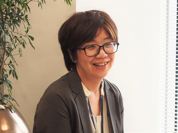 前職がデザイナーの藤田氏。企画から制作、解析と一連のPDCAサイクルに手応えを感じている。